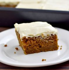 This recipe for Gluten Free Pumpkin Bars makes a delicious, flavor-packed dessert. The unadorned pumpkin bars are terrific on their own, but top them with cream cheese frosting and they're irresistible! Gluten Free Baking Mix, Gluten Free Treats, Gluten Free Desserts, Easy Desserts, Gluten Free Recipes, Dessert Recipes, Paleo Dessert, Easy Pumpkin Bars, Gluten Free Pumpkin Cookies