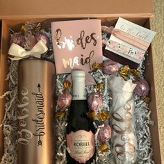 Large Luxury Rose Gold Proposal Box Bridesmaid Proposal Box Bridesmaid Gift Personalized Bridesmaid Gift Maid of Honor Gift Keepsake Box Asking Bridesmaids, Bridesmaid Gift Boxes, Bridesmaid Proposal Gifts, Personalized Bridesmaid Gifts, Bachelorette Party Gifts, Gifts For Wedding Party, Wedding Souvenir, Diy Wedding, Wedding Favors