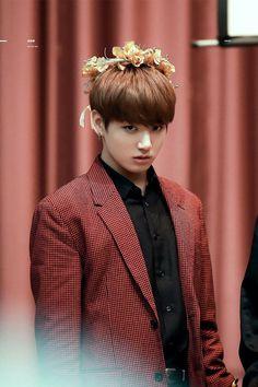 Who called him Oppa this time. Jungkook Lindo, Jungkook Cute, Jungkook Oppa, Jung Kook, Busan, Jin, Foto Bts, Jikook, Hoseok