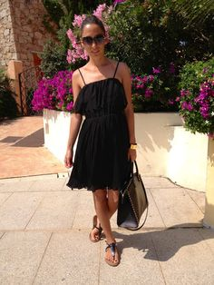 Mode in Italy: LITTLE BLACK DRESS OVS, SHOES OVS