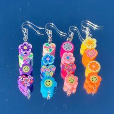 Wire Jewelry Rings, Weird Jewelry, Girls Jewelry, Cute Jewelry, Jewelery, Funky Earrings, Girls Earrings, Diy Earrings, Kandi Bracelets