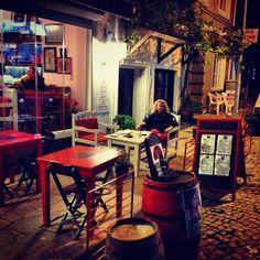 bizbizeyeteriz #bozcaada #adacafe #gelincikserbeti #koruksuyu // Ada Cafe® Bozcaada