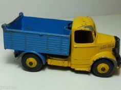 DINKY TOYS BEDFORD TIPPER
