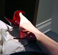 Red bottoms | | Cushnie et Ochs Fall 2016 Collection Inspiration