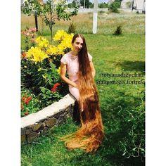 "245 Likes, 5 Comments - @rapunzels.fortress on Instagram: ""www.facebook.com/rapunzelsfortress #rapunzelsfortress #verylonghair #superlonghair #reallylonghair…"""