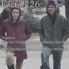 "982 Synes godt om, 18 kommentarer – Twilight Facts (@twilightfactss) på Instagram: ""~ QOTD: tea or coffee? - Autumn {#twilightsaga#twilight#jacobblack#bellaswan#twifact226}"""