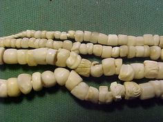 Online veilinghuis Catawiki: Necklace of 112 Neolithic stone beads - 36.50 cm