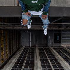 "1,972 vind-ik-leuks, 17 reacties - Johnny (@paid2shoot) op Instagram: '""Don't worry about me , Just look down "" @neffgotnext'"