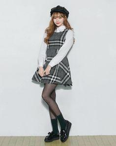 AROOKI [5.스커트] Korean Online Shopping, Korean Women, Pose Reference, Korean Fashion, Fashion Women, Hipster, Poses, Skirts, Style
