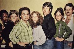The original cast of Saturday Night Live minus Chevy Chase.(l to r): Garrett Morris, Jane Curtin, John Belushi, Laraine Newman, Dan Aykroyd, Gilda Radner and Bill Murray.