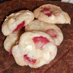 Strawberry White Chocolate Cake Cookies