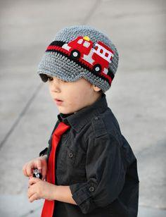 Fire Truck Visor Hat - Black, Grey and Red Felt Applique Crochet Hat by Trendy Munchkins Crochet Kids Hats, Crochet Beanie Hat, Crochet Cap, Childrens Crochet Hats, Crochet For Boys, Crochet Baby Booties, Knitted Hats, Free Crochet, Red Felt