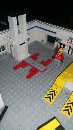 Car lift in lego.