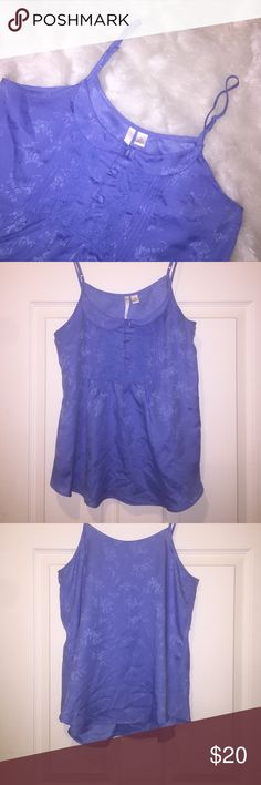 SALE •LC Lauren Conrad Tank Top• ADORABLE Lauren Conrad tank top with Peter Pan collar and button detail! Only worn once, in great condition! LC Lauren Conrad Tops Tank Tops