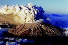Mt St Helens Eruption - 1980
