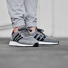 adidas Originals Iniki: Grey