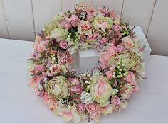 Clarah / Jarný veniec s pivonkami Floral Wreath, Wreaths, Home Decor, Garlands, Flower Crowns, Door Wreaths, Deco Mesh Wreaths, Interior Design, Home Interiors
