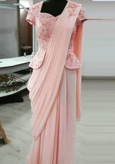 35 Latest Peplum Blouse Designs for Sarees and Lehengas Peplum blouse designs are in trend and this is why they are used by a lot of celebrities. The blouse design is the heavily enticing and with a modern look. In fact, peplum pattern is seen in the le…