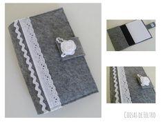 Capa para livros https://www.facebook.com/coisasdefeltro?ref=hl