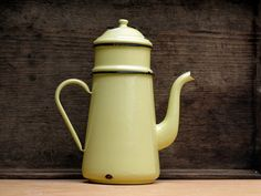 Pretty Completed French Vintage Enamel pastel yellow coffee