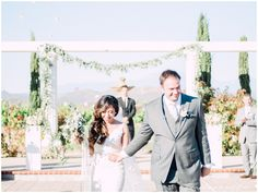 Beautiful photos from a Mount Palomar Winery wedding on the Whiskers and Willow Blog. #mountpalomarwineryweddings