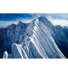 https://www.instagram.com/p/BcahHVGleFc/ #snowboarding #snowboard #snowboarder #snowboards #snowboardlife #snowboarders #snowboarden #snowboardgirl #snowboardingtime #snowboardinglife #snowboardingisfun #snow #mountains  #ski #instago #skiing #travel  #adventure  #winter  #mountains  #mountain  #view #ski lover #instaski #instasnow  #travelblogger  #traveltheworld  #travelwriter  #vacation  #getaway