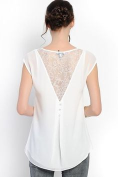 Lace maggie top in white on emma stine limited vestidos blus Mode Style, Style Me, Lingerie Look, Mode Top, Mode Inspiration, Lace Tops, Refashion, Diy Clothes, Blouse Designs