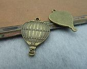 30pcs 17x25mm Antique Silver Lovely Hot Air Balloon by eric8429. $5.99, via Etsy.