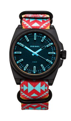 Love the geometric Aztec pattern // turquoise + red