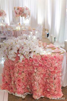 Wedding Centerpieces, Wedding Table, Wedding Favors, Wedding Decorations, Wedding Chairs, Luxury Wedding, Dream Wedding, Wedding Stuff, Sweetheart Table Decor
