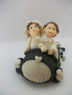 Handmade Cake topperBride and Groom in car by RUSTIKOcakeDecoratio, €25.00