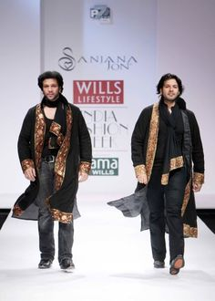 """Wills Lifestyle India Fashion Week SS 2010"" Day 2 Ayaan Ali Khan and Amaan Ali Khan walks for Sanjana Jon #Fashion #WillsLifestyle Wills Lifestyle, Lifestyle Clothing, India Fashion Week, Men's Fashion, Natural Fiber Clothing, Celebrity Siblings, Latest Fashion Trends, Bomber Jacket, Celebrities"