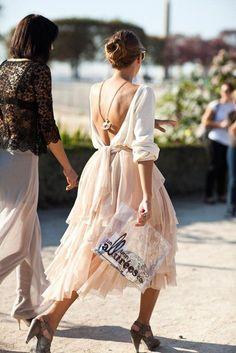 V- back dress beige outfit, look fashion, fashion models, fashion beauty, s Look Fashion, Fashion Models, Fashion Beauty, Skirt Fashion, High Fashion, Ankara Fashion, Net Fashion, French Fashion, Fashion Bloggers