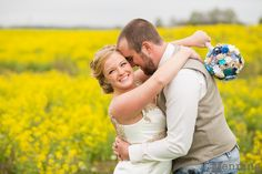 wedding photos in an open field