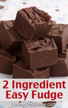 2 Ingredient Easy Fudge Recipe- so easy even the kids can make! You can have yummy homemade fudge in about 2 minutes! This is the fudge recipe I use. 2 Ingredient Fudge, 2 Ingredient Recipes, Easy Christmas Candy Recipes, Holiday Recipes, Easy Candy Recipes, Easy Christmas Cookies, Recipes Kids Can Make, Christmas Deserts Easy, Homemade Christmas Candy