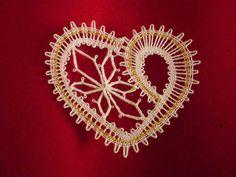 Lace Heart, Lace Jewelry, Bobbin Lace, Motifs, Lace Detail, Hearts, Butterfly, Brooch, Knitting