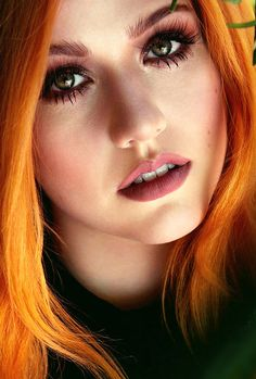 she is such a beauty... well clary isn't supposed to be that perfect, after all...