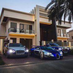 Rich Kids Spotted Image / Video My friend's new mansion in Dubai… – Reiche Kinder entdeckten Bild - / Video-Mein Freund der neuen Villa in Dubai. Wealthy Lifestyle, Luxury Lifestyle Fashion, Rich Lifestyle, Billionaire Lifestyle, Billionaire Boys Club, Luxury Fashion, In Dubai, Luxury Boat, Best Luxury Cars
