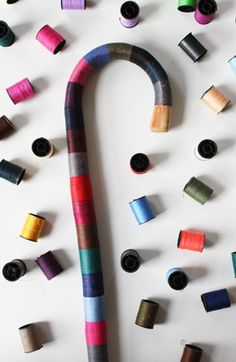 I want to do this, I just need a plain, simple cane. I have plenty of thread.