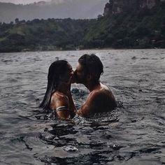 Squirrel * couple goals kisses * / * photos of a couple kiss Relationship Goals Pictures, Cute Relationships, Cute Couples Goals, Couple Goals, Family Goals, Couples In Love, Cute Couple Pictures, Couple Photos, Couple Tumblr
