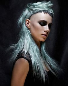 Beach Blonde, Bayalage, Edgy Hair, Hair Shows, Hair Today, Cut And Color, Hairdresser, Blonde Hair, Cool Hairstyles