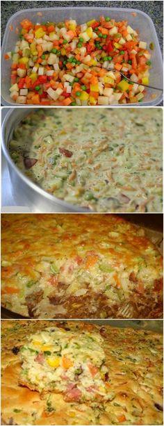 RECEITA DA MAMÃE..TORTA DE LEGUMES! VEJA AQUI>>>Bata no liquidificador os ovos, o leite, o óleo, a farinha, o queijo, sal, pimenta e orégano a gosto até homogeneizar. Adicione o fermento e misture com uma colher. Em uma vasilha, misture a cenoura #MASSA#TORTAS I Love Food, Good Food, Yummy Food, Wine Recipes, Cooking Recipes, Brazilian Dishes, Pizza, Low Carb Diet, Dairy Free Recipes