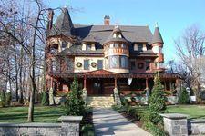 Van Wyck Brooks Historic District: Plainfield, NJ - This beautiful lady is in Plainfield NJ