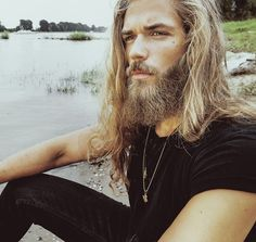 Ben Dahlhaus by Esra Sam - Men with beards and long hair Ben Dalhaus, Hair And Beard Styles, Long Hair Styles, Beautiful Men, Beautiful People, Male Eyes, My Hairstyle, Man Bun, Guys Be Like