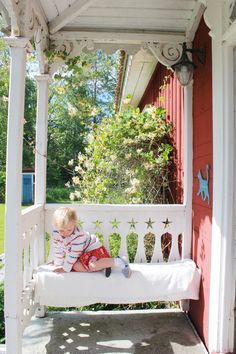 Scandinavian Cottage, Swedish Cottage, Red Cottage, Swedish House, Cozy Cottage, Scandinavian Style, Victorian Porch, Cottage Porch, Swedish Style