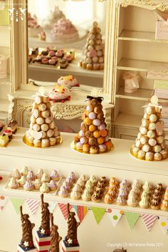 """Picadilly Patisserie"" Love the decoration for the room. Shabby Chic"