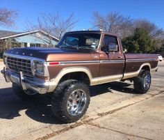 I truly prefer this color scheme for this lifted ford Chevy Trucks, 1979 Ford Truck, Ford 4x4, Ford Pickup Trucks, 4x4 Trucks, Car Ford, Diesel Trucks, Cool Trucks, Lifted Trucks