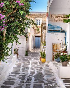 Naousa, Paros island, #Greece  By (@minogiannisvalantis)