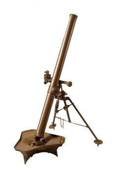 Long-range mortar Good luck to you if you tried to fire this weapon with the base plate and bi-pod as is! Military Weapons, Weapons Guns, Steampunk Weapons, 82nd Airborne Division, Army Day, Anime Weapons, Defence Force, Military Service, Military Equipment