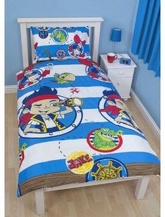 Character World 135 x 200 cm Disney Jake and The Never Land Pirates Doubloons Single Rotary Duvet Set, Multi-Color Disney Jake and the Neverland Pirates single duvet cover set (Barcode EAN = 5055285339470). http://www.comparestoreprices.co.uk/childrens-bedding/character-world-135-x-200-cm-disney-jake-and-the-never-land-pirates-doubloons-single-rotary-duvet-set-multi-color.asp